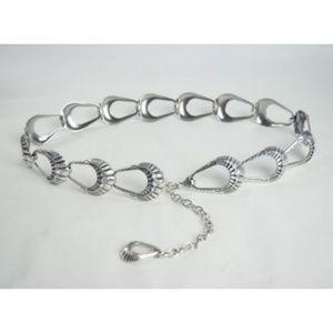 Accessories - Womens M Silver Chain Belt Rhinestone Shell